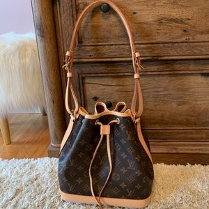 Louis Vuitton Bags - Louis Vuitton Petite Noe